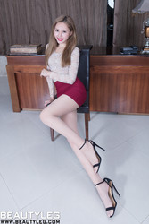 BEAUTYLEG 1584 Queenie